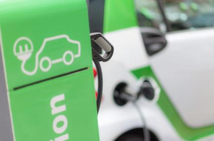 Ausbau der Ladeinfrastruktur für E-Autos kommt voran