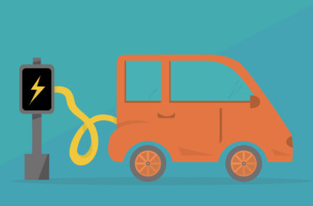 Förderung: Elektroauto lädt an Wallbox