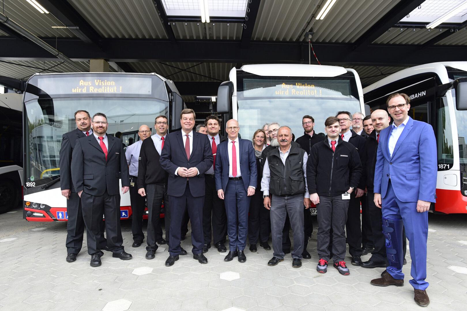 Hamburger Hochbahn AG Eröffnung des Busbetriebshof Alsterdorf