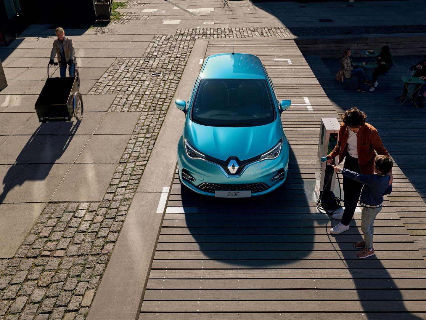 blauer Renault Zoe neues Modell
