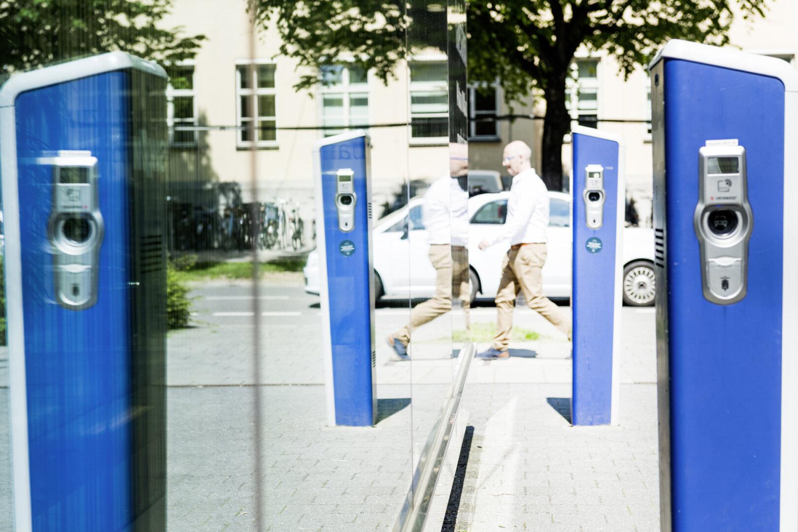 Der Ladesäulen Ausbau in NRW geht langsam voran.